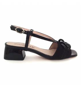 Sandalia piel ante y charol negro 259