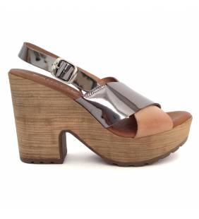 Sandalia piel nude y acero 79036
